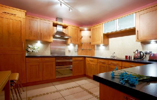 Atholl Brae  - The Harland : Kitchen