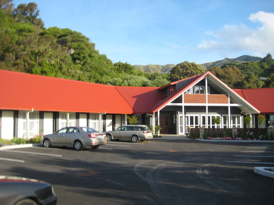 Ratanui Lodge: front entrance