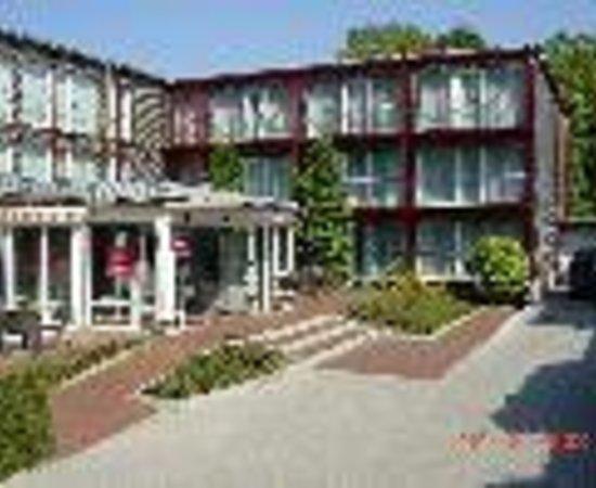 Mercure Hotel Am Entenfang Hannover Thumbnail