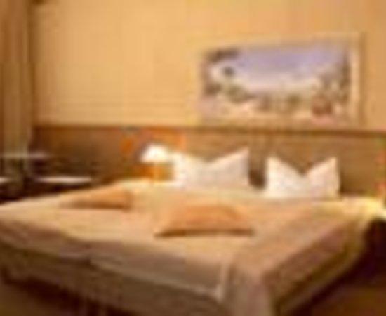 Photo of Hotel Pension Senta Berlin