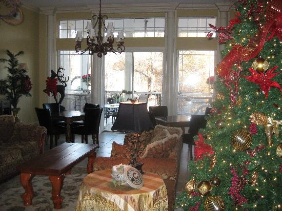 The Cedars of Marion: The Cedars' living room, decorated for Christmas