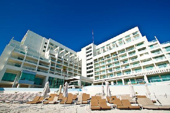 Sun Palace Hotel From The Beach