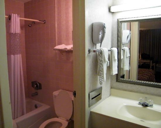 American Inn of Yulee: Small but clean.
