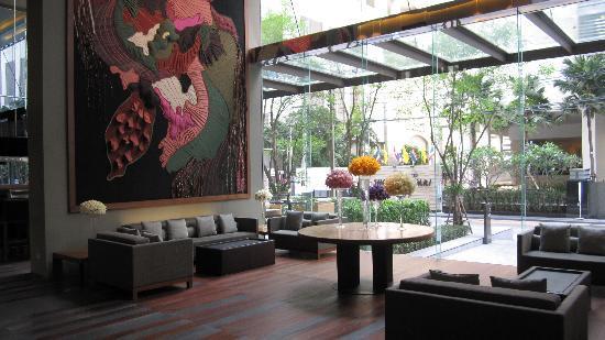 Hansar Bangkok Hotel Lobby