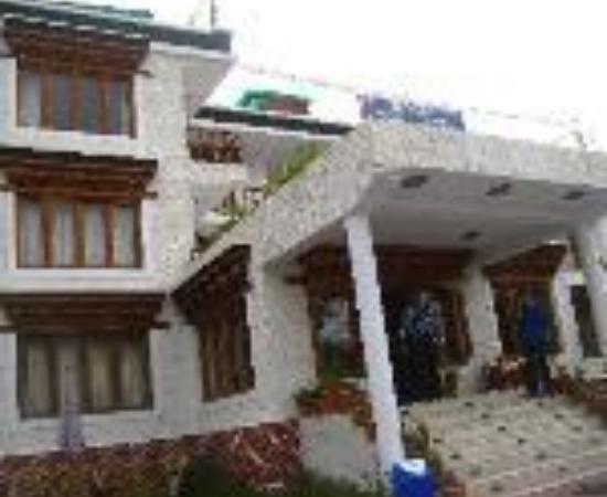 Hotel Holiday Ladakh Thumbnail
