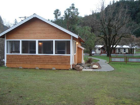 Coho Cottages: Promontory Cottage