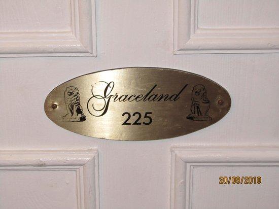 Elvis Presley's Heartbreak Hotel: the graceland suite