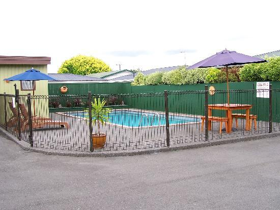 Lisa Rose Motel: Swimming Pool