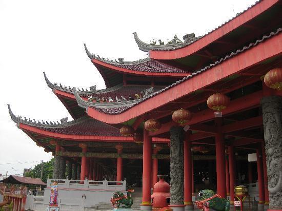 Semarang, Indonesia: 三宝堂外観