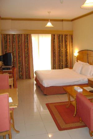 Winchester Grand Hotel Apartments: La chambre