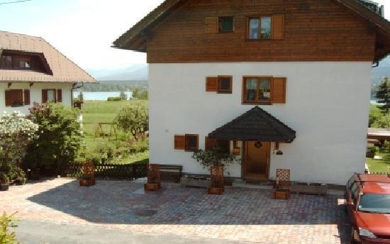 Komfort Ferienwohnungen Reichmann: Haus von Norden/Lupinienweg - Privatparkplätze