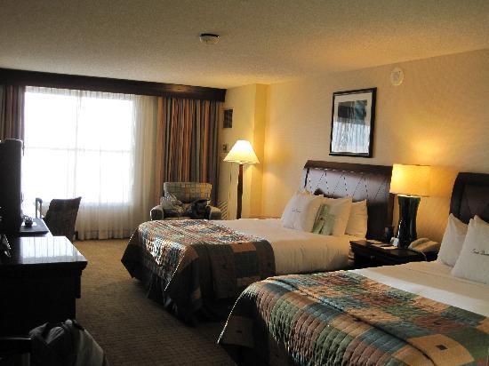 Modesto, CA: Queen Beds