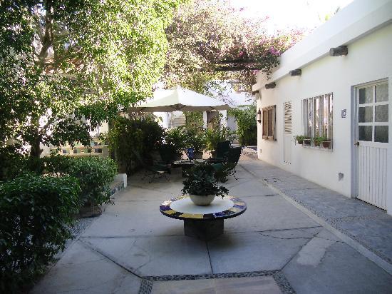 Los Milagros Hotel : Los Milagros Courtyard