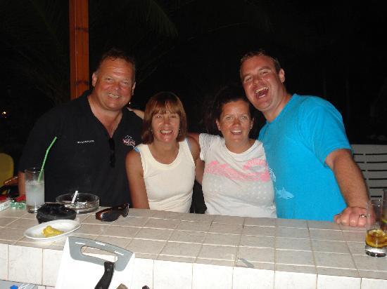 Panos Bar: the regulars!!!