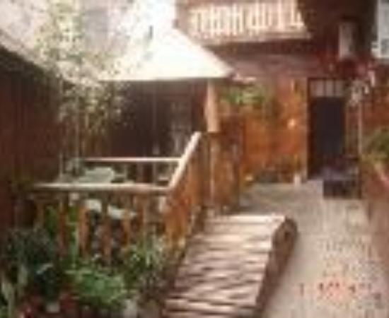 Guilin Donkey Lean Inn : Pony Inn Thumbnail