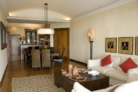 La Reunion Golf Resort & Residences: Villas