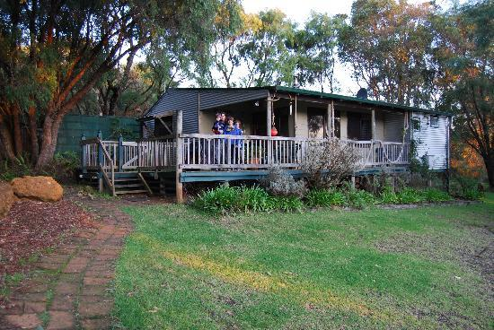Cape Howe Cottages: G'day from The Snug!