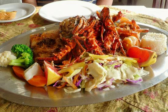 Adauto's On The Beach : Seafood Platter at Adauto's