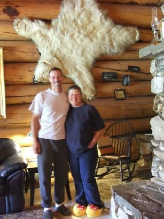 Anschen Log House: Dawn and Paul Great hosts