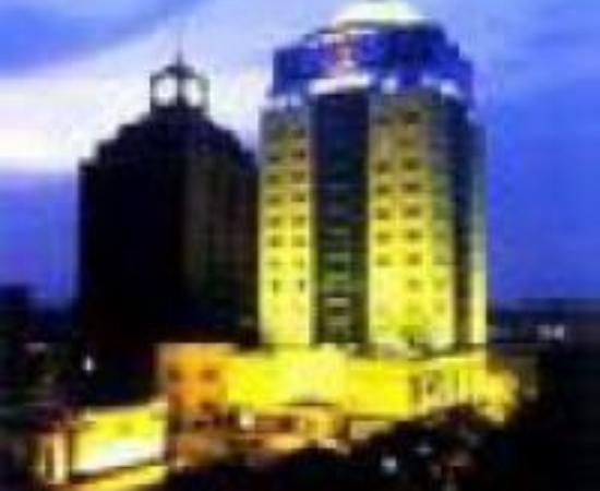 Sunny Hotel Thumbnail