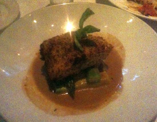Bistango Restaurant: very good halibut