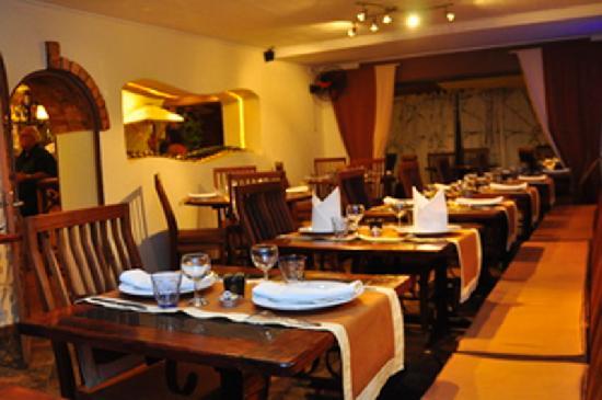 Hotel le vahiny b b antananarivo madagascar voir les for Resto lasalle
