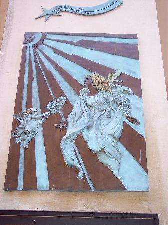 Trastevere : art in the area