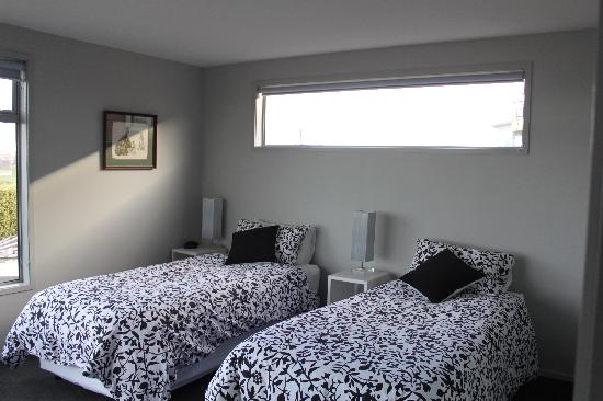 Pleasant View Bed & Breakfast Timaru: Our twin bedded room