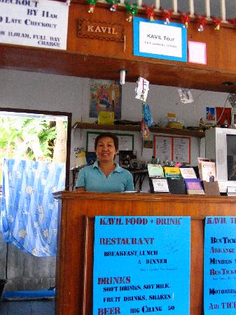 Kavil Guesthouse: A shot of the front desk.