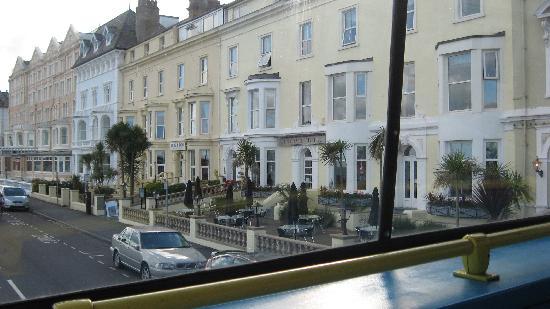 Brig-y-Don Hotel: the promenade