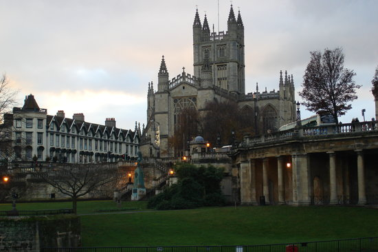 Ray Ruddick's Day and Away Tours : Bath as the sun set - perfect timing before off to dinner