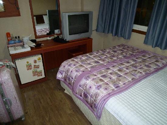 Pusan Inn Motel: 部屋の中