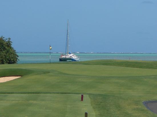 Anahita Golf & Spa Resort : Le green du 17