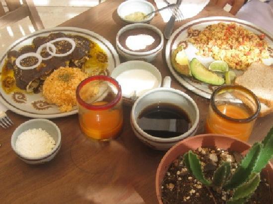 Restaurant El Grito Parrilla Mexicana: Mi desayuno :)