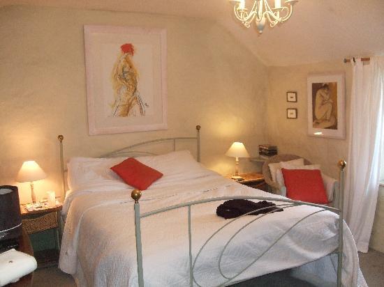 Tregeraint House: the room