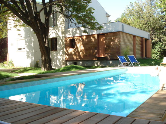 Mon Jardin en Ville : Le Jardin arrière et la piscine
