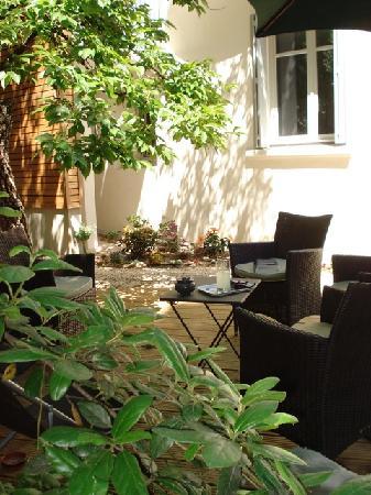 Mon Jardin en Ville : Petit salon au jardin....