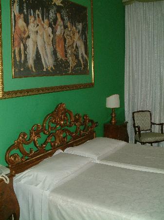 Amadeus Hotel: Habitación