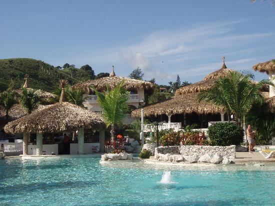 Cofresi Palm Beach & Spa Resort: Piscina principal