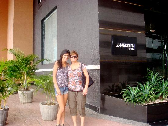 Le Meridien Panama: in front of the hotel