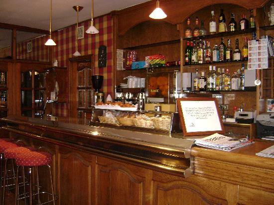 هوتل إيه بويرا: Hotel A Boira - Mini bar.