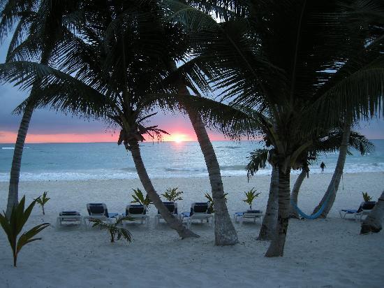 Cabanas Tulum: Amazing sunrises