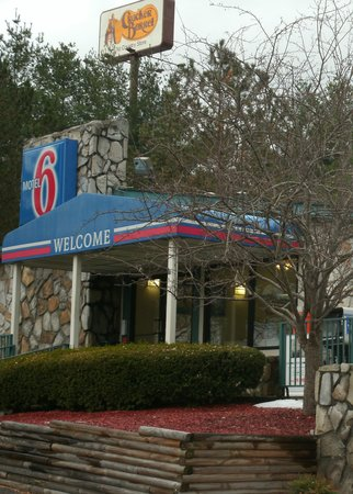 Motel 6 Wytheville: Motel Six Office