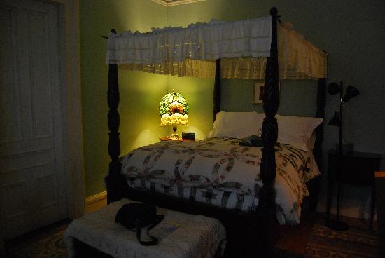 Carruth House: Bed Room