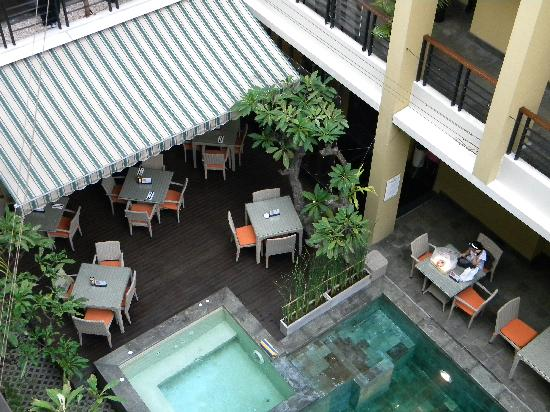 100 Sunset Boutique Hotel : Pool / Breakfast Area
