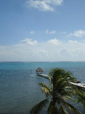 Pelican Reef Villas Resort : View from our room