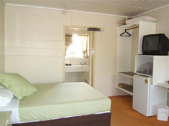 Tolga Backpackers: A double room