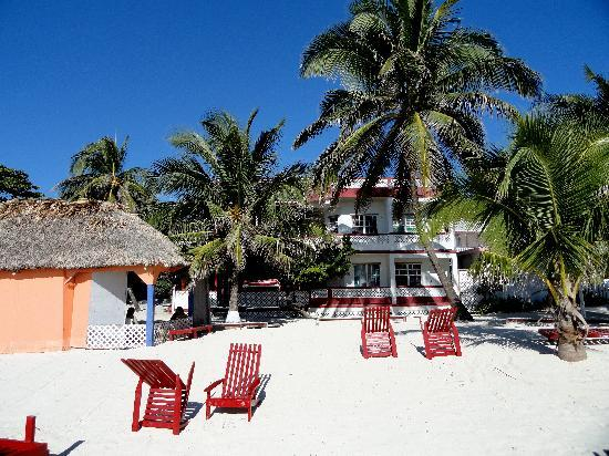 Ruby's Hotel - beach-front