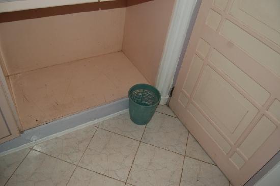 Aida Ayurveda & Holistic Health Resort: Aida hotel Bentota - Dust bin corner