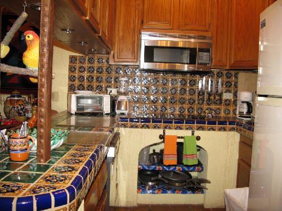 La Jolla de Los Cabos: Our kitchen